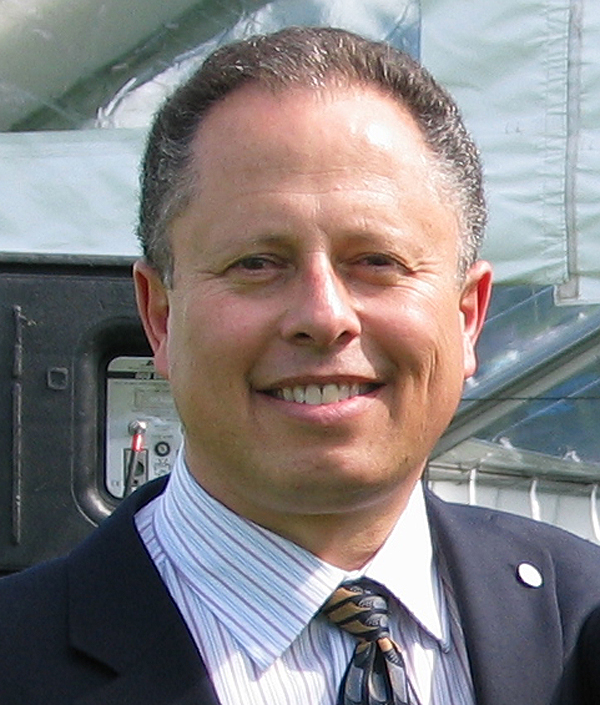 Dr. Alan Brookstone
