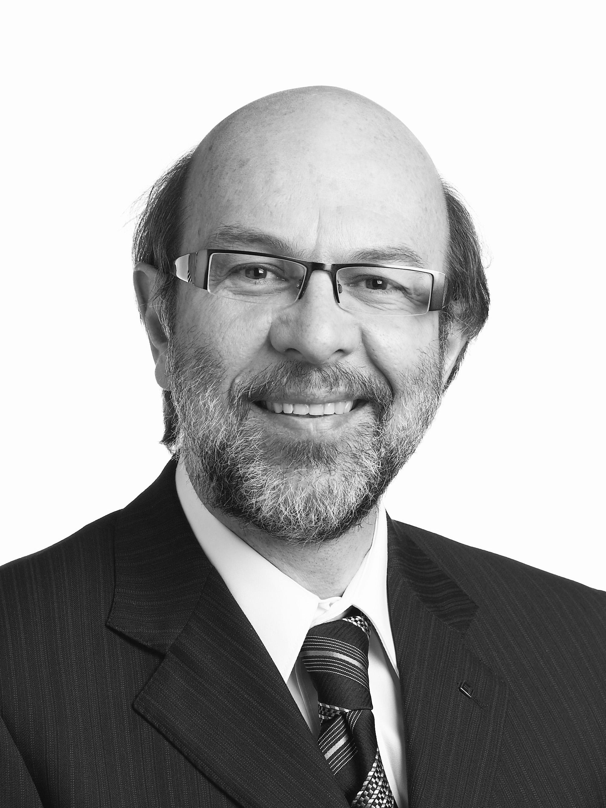 Dr. Marc Steben